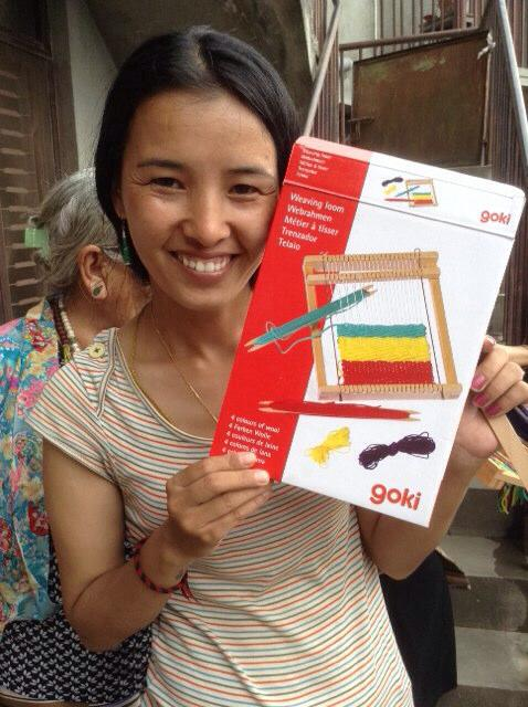 Tibet Relief Fund provides weaving looms to keep Tibetan refugees in business