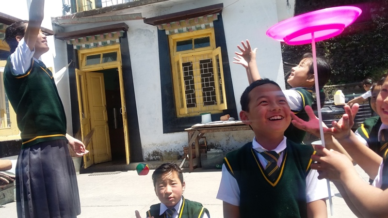 Thanks to your donations we were able to deliver toys to Tibetan children [photos]