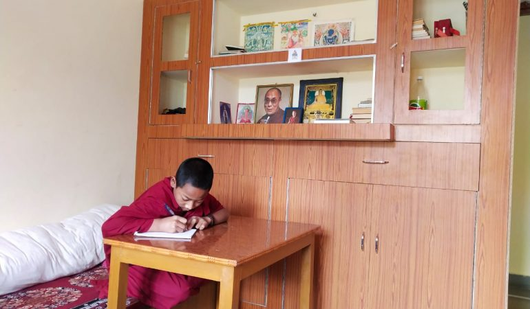 Shalu Monastery update – kitting out rooms for 43 young monks